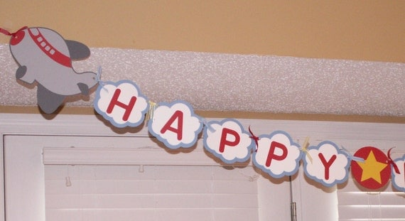 Airplane birthday party decorations birthday banner party for Airplane decoration ideas