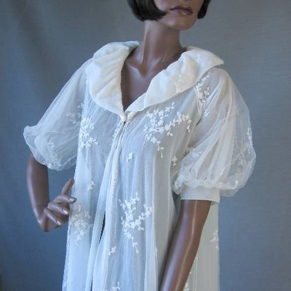 50s 60s Peignor Robe Vintage Sheer Embroidered Bridal Small