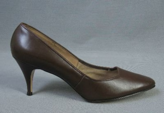 60s Spike Heel Shoes / Vintage Brown Pumps / New Old Stock 9