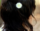 set of 3 medium daisy hair pins - paper flower accessories for everyday or special event