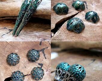Green Jewelry Findings sets. Green Long bead caps. Filigree Flower bead caps. Jewelry Supplies. Enamel bead caps. Green Hollow beads