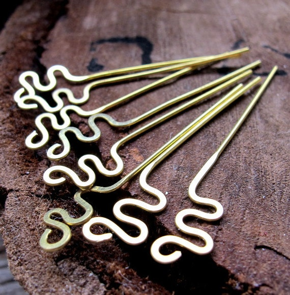 Snake Headpins. Hammered Brass Head Pins 22 gauge. Zigzag Wire headpins set. Handmade Findings. / Earring Dangles / Swirl Eye Pins Headpins