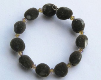 Hawaiian mgambo seed and vintage rose 2AB Swarovski crystal bracelet, handmade in Hilo, Hawaii