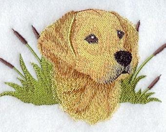 GOLDEN RETRIEVER (PORTRAIT) - Machine Embroidered Quilt Block(AzEB)