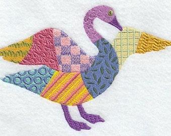 PATCHWORK GOOSE- Machine Embroidered Quilt Block(AzEB)