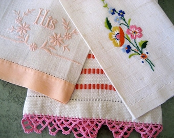 Vintage 1940's and 50's Linen Guest Towels Set of 3 Peach and Cream