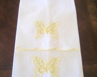 Vintage Cotton Guest Towels   Set of 2  Circa 1970s