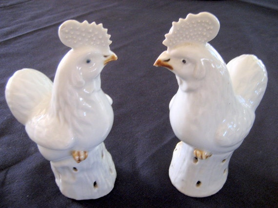 Vintage Chinese Chicken Figures   Set of 2    Circa 1940s