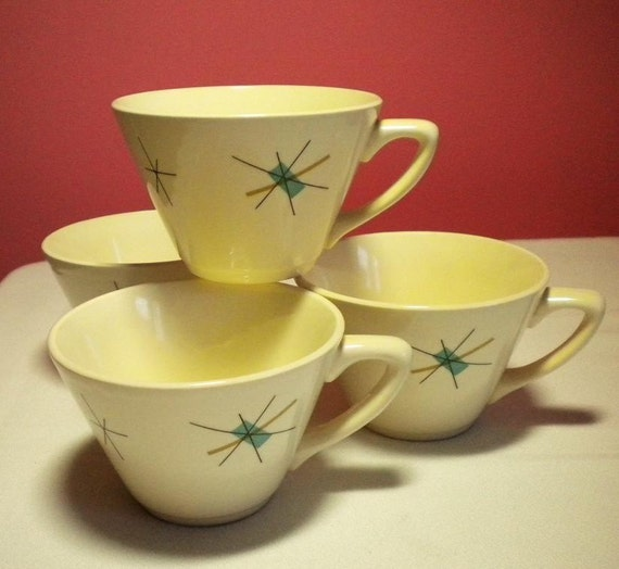4 Atomic Tea Cups in the North Star Pattern by Salem China