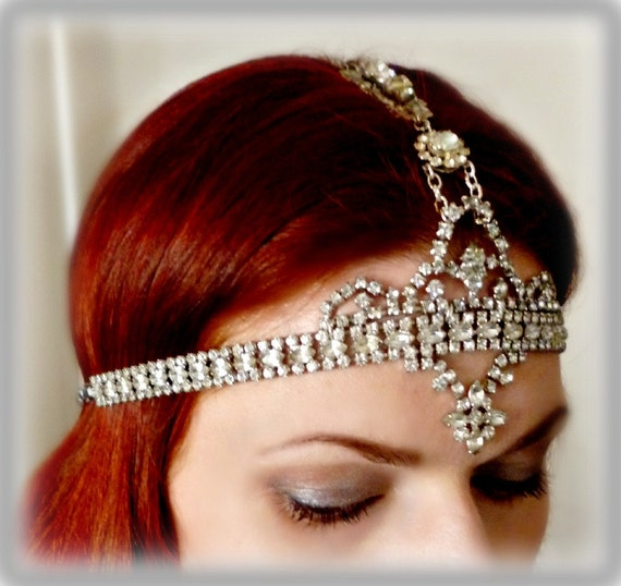 Bridal Wedding Headdress Art Deco Headpiece - Vintage Rhinestone