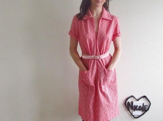 geometric print 1970 shift dress . for math lovers .medium .sale s a l e