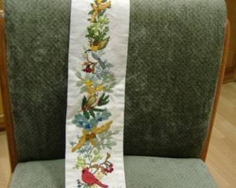 Embroidered bellpull - winter birds and evergreens