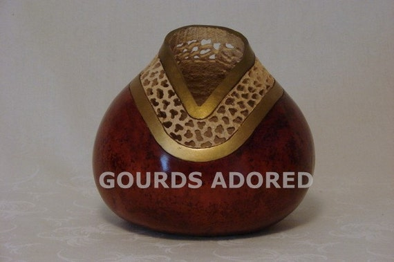 Filigree carved gourd bowl