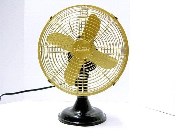 Oscillating Table Fans : Refurbished holmes oscillating electric fan