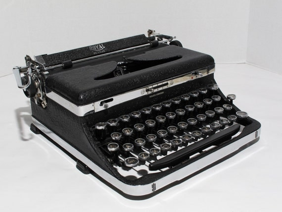 Vintage 1936 Royal Deluxe Manual Typewriter