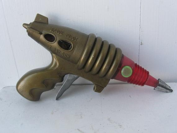 Vintage X Ray Gun, Space Pilot, 1960's, by Kobe Yoko Ltd.