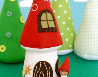 Nora Gnome and Mushroom Cottage PDF Pattern