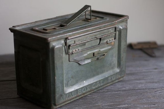 vintage ammunition box