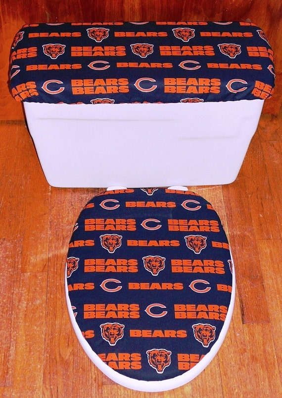 Items similar to Chicago Bears Toilet Seat Cover and Tank Lid ...