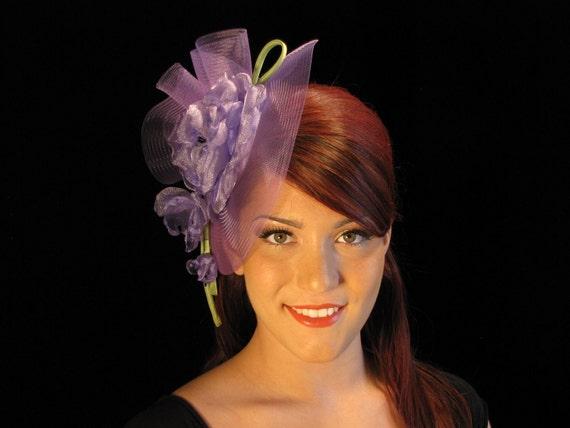 Lavender Flower Fascinator| Crin Hat| Lilac Fascinator| Hair Comb| Hair Accessory| Lilac Headpiece| OOAK Fascinator| Handmade Flower|