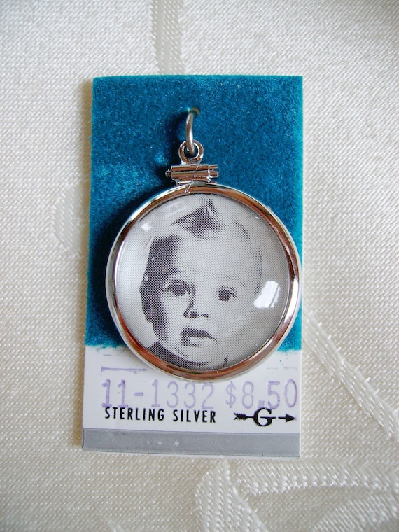 Vintage Sterling Silver Photo Locket Charm mint condition