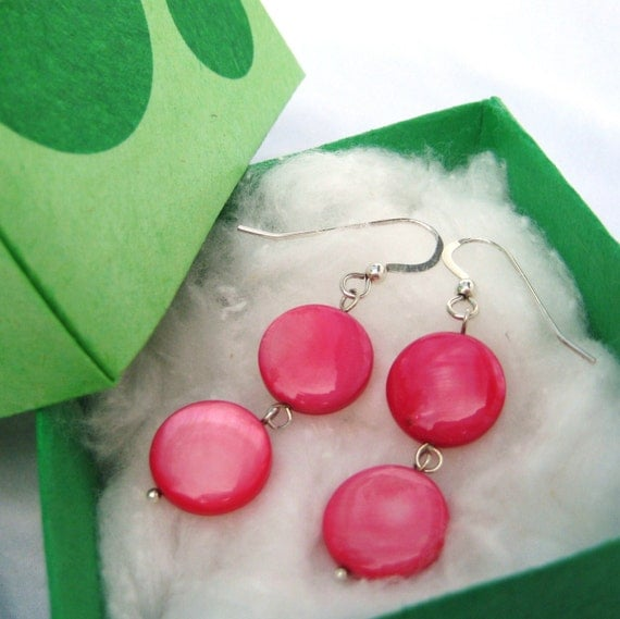 Pink Pearl Earrings. Sterling Silver. Flirty Collection