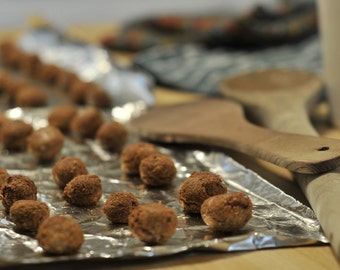 Double Ds Dogball Delicacies Dog Treats  REAL LIVERWURST!!