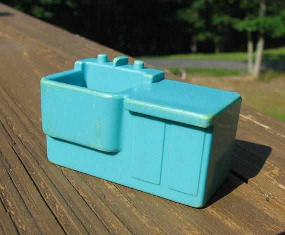 Take 15% off - Vintage Fisher Price Little People Blue Hospital Sink, Set 931
