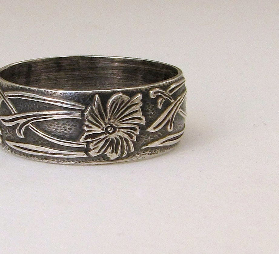 Antique Wedding Ring Silver Floral Pattern Ring Wedding Band