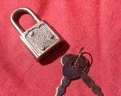 Light Weight Graphite Colored  Working Padlock