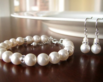 Bridesmaid Bracelet and Earrings Set- Pearl and Rhinestone
