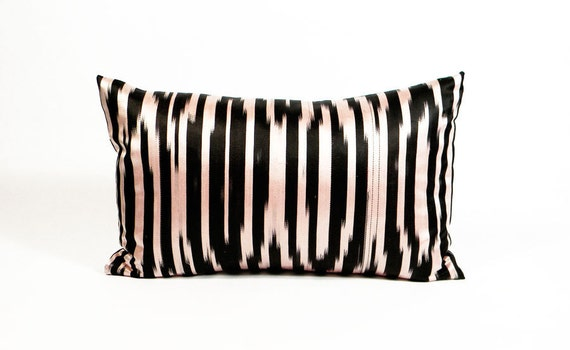 Silk Ikat Pillow - 1970's Black and Off-White - 10 x 16