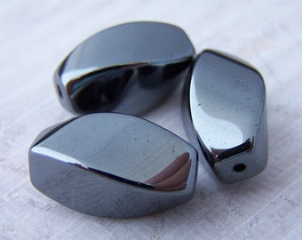 Super Sale! Last One - 8 - Hematite 16x10mm Twist Oval Beads