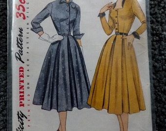 Vintage Simplicity 3687 Junior Misses and Misses Dress in Size 16
