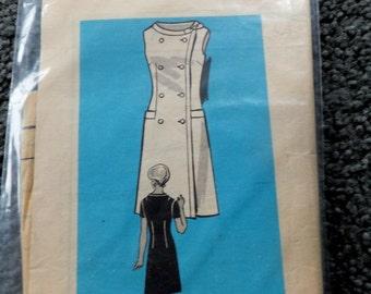 Vintage Mail Order Pattern 9023 Size 14