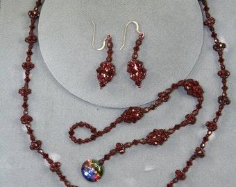 burgundy red Swarovski crystals set : necklace, earrings, bracelet