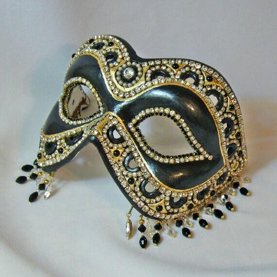 Elegant Rhinestone Mask - Venetian Style - Black Magic