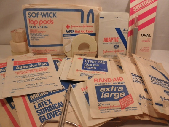 27 Great Vintage First Aid Supplies by Johnson and Johnson