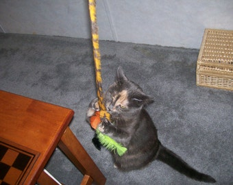 Hanging Doorknob Toy for Cats - CLEARANCE