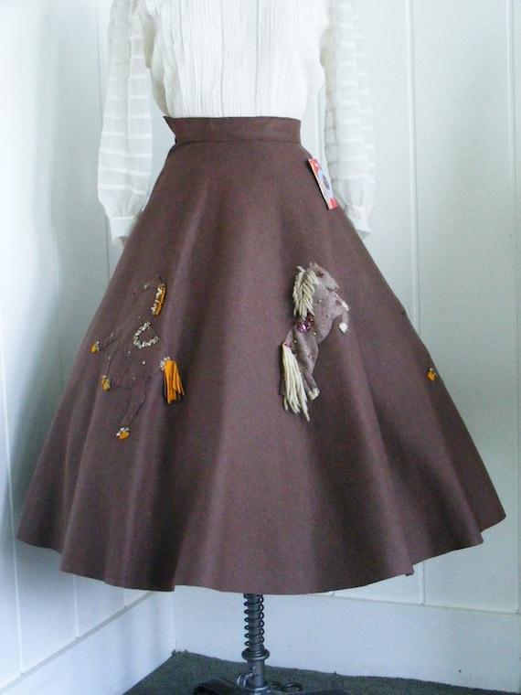 1950's Vintage Brown Felt Wild Horses Circle Skirt