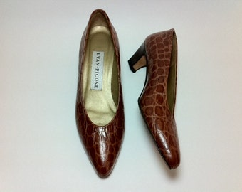 Evan Picone Shoes Tobacco Croc 7.5 Narrow Stacked Heels