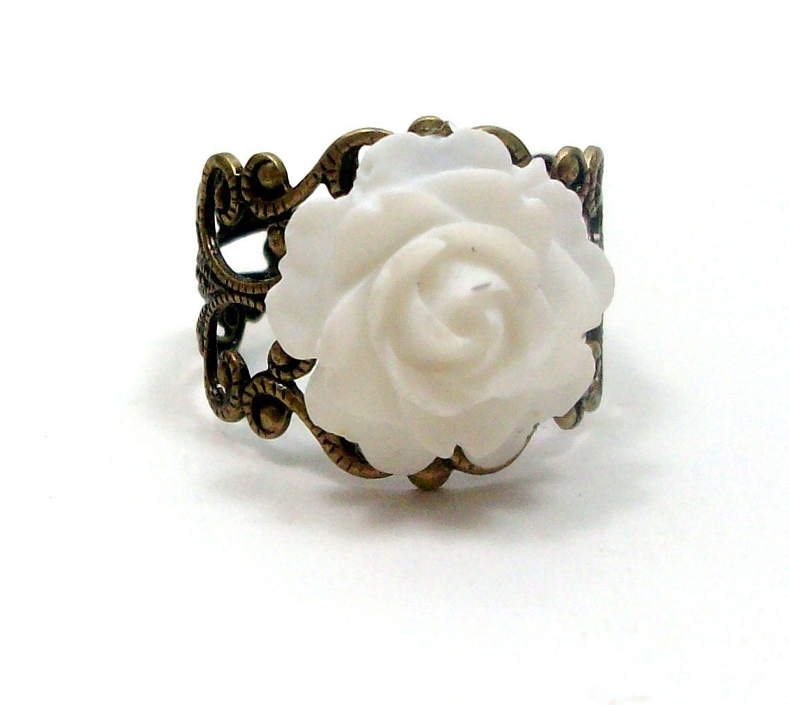 White Rose Ring Wedding Flower by HotPinkChick on by hotpinkchick