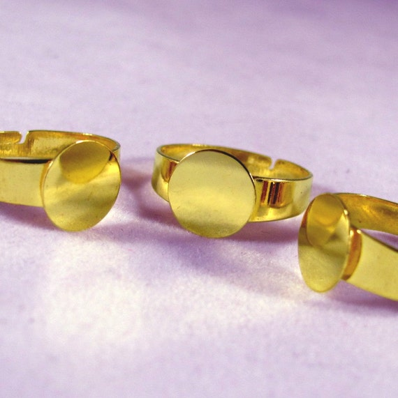 Large Ring Blanks--30--Gold Plated-SIZE 8 TO 10.5 with 10mm glue pad--Wider Band