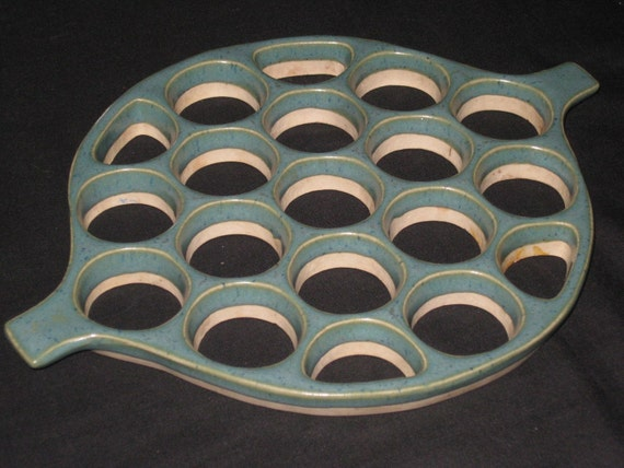 Rare Midcentury Bennington Potters Vermont Green Teal Ceramic Trivet, 1950s Eames era art pottery, on Etsy by TheRetroLife