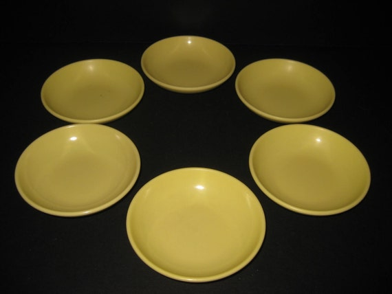 10 pc. Retro Mod Cadence by Prolon, yellow berry bowls, dessert plates, 1960s midcentury modern, atomic melmac melamine, TheRetroLife
