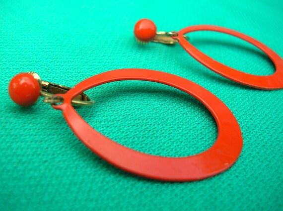 Bright Orange Long Dangle Tear Drop Hoop Clip On Earrings - Circa 1970s