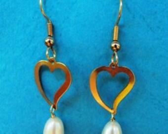 Gold Heart earrings Pearl drop,gold filled heart earrings,bridal earrings,wedding jewelry