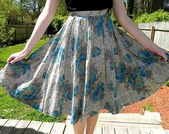 Vintage Skirt 40s Blue Iris and Fuzzy Print Full Circle Skirt S - on sale
