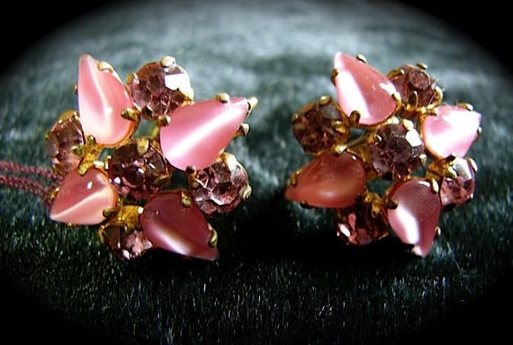 Vintage 40s 50s Pink Rhinestone and Cats Eye MOON GLOW Star Earrings -on sale-