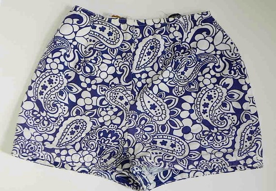 Super Cute 60s Vintage Blue and White Short Shorts S